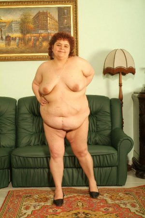 Mazouza escort girl sex tape Bourg-lès-Valence 26