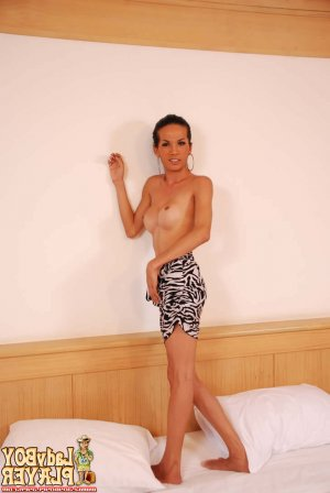 Sevana escort blonde Hautes-Alpes, 05